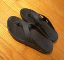 Oofos ooriginal sandals flip flops